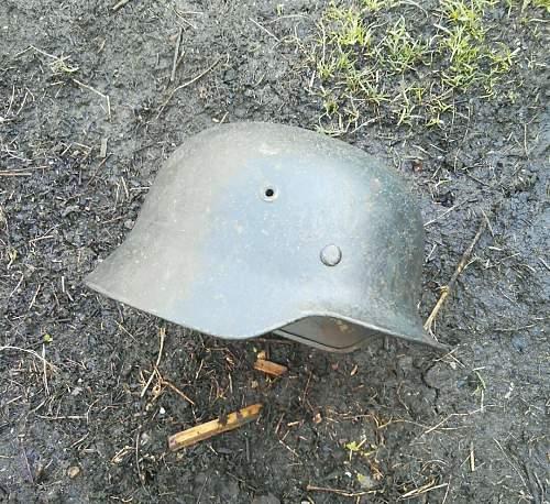 WW2 German Combat Helmet - Marked ET64 and 221