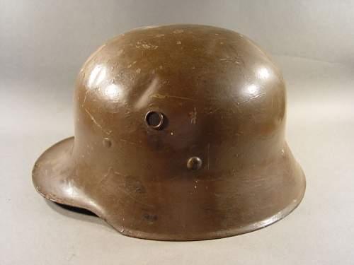 """M16 Austrian type civilian helmet?  Not a """"Himmler"""" interwar?  Info needed"""