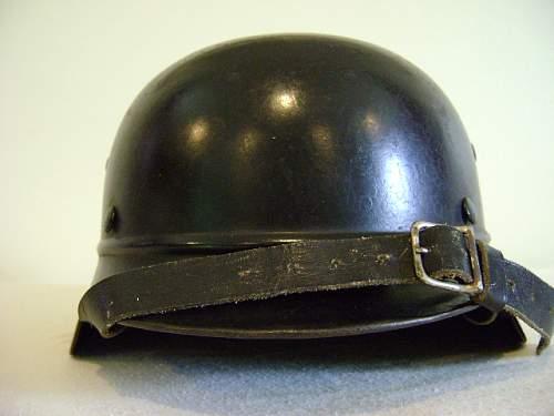 DD Beaded Luftschutz Police - ET66 - Lot # 3882 - Austrian Police Adler