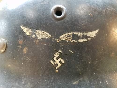 Named Luftwaffe ET M40 SD. Need help verifying.