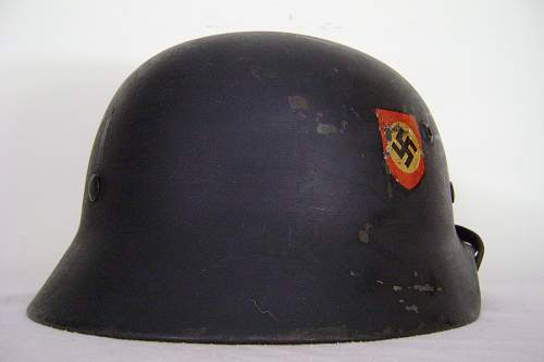 M35 SE66 Double Decal Police Reissue Helmet - Lot # 3873 - Set Back Police Decals