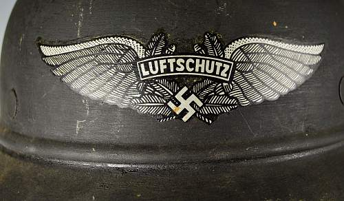 Opinions on Luftschutz Helmet and decal