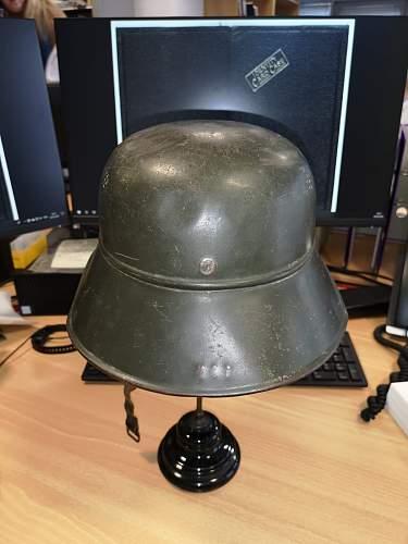 Luftschutz helmet with no decal