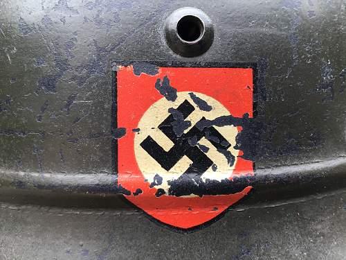 M35 Double Dexal Beaded Luftschutz Combat Police - E64 - Lot #? - GREEN