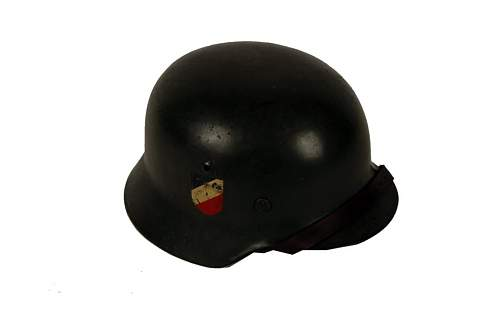Click image for larger version.  Name:NAZI DD HELM 2.jpg Views:368 Size:22.9 KB ID:152661