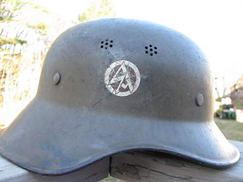 early SA Helmet-a real one?