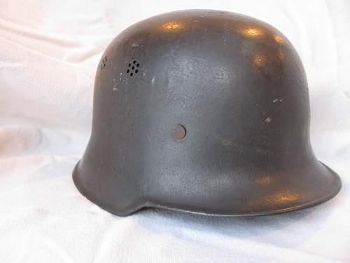 M34 DRK helmets.