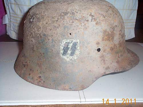 Click image for larger version.  Name:M40 SS helmet 1.jpg Views:55 Size:89.2 KB ID:173937