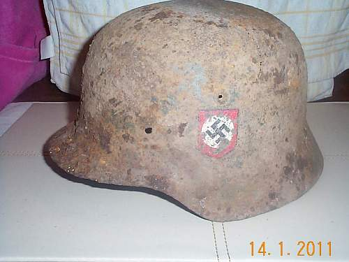 Click image for larger version.  Name:M40 SS helmet 2.jpg Views:49 Size:86.8 KB ID:173938