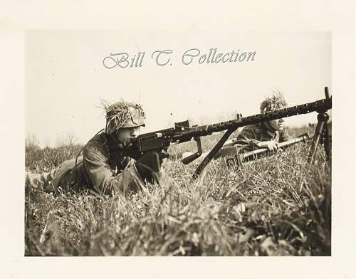 Click image for larger version.  Name:MG34 w camo helmet soldats 001_final.jpg Views:385 Size:165.7 KB ID:178206