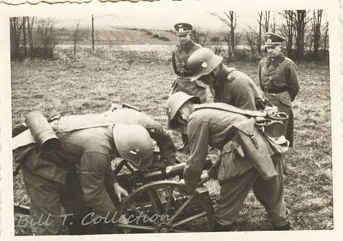 Click image for larger version.  Name:artillery soldats w cannon 001_final.jpg Views:156 Size:246.4 KB ID:179724