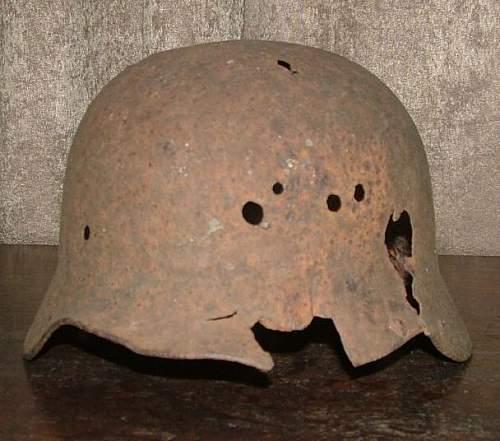 Click image for larger version.  Name:German_Helmet_2b.jpg Views:100 Size:50.7 KB ID:186516