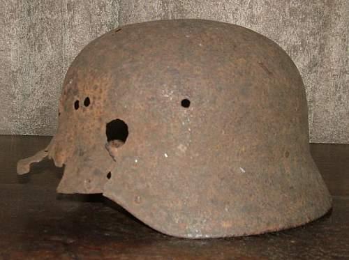 Click image for larger version.  Name:German_Helmet_2c.jpg Views:117 Size:59.3 KB ID:186520