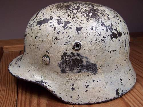Winter cammo helmet - real? What is it worth?