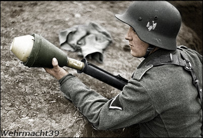 Name:  hj-soldiers-antitank.jpg Views: 1884 Size:  38.1 KB