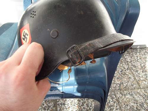 Opinions on German police helmet