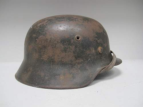 Click image for larger version.  Name:German_Helmet_M40_ET68_SD_WH #401 (5).JPG Views:38 Size:41.6 KB ID:205413