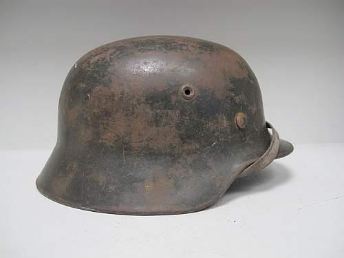 Click image for larger version.  Name:German_Helmet_M40_ET68_SD_WH #401 (5).JPG Views:21 Size:41.6 KB ID:205413