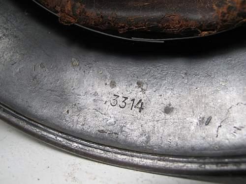 Click image for larger version.  Name:German_Helmet_M35_ET64_Luftwaffe_DD_#3314 (18).JPG Views:38 Size:74.4 KB ID:205423