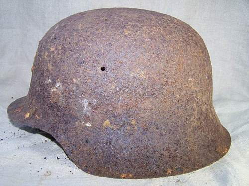 Relic Helmet w/ possible hidden decal?