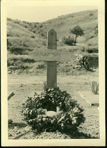 Click image for larger version.  Name:4Greece tomb.jpg Views:7720 Size:134.6 KB ID:212158