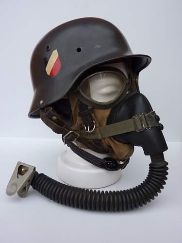 M35 DD LW Bomber crew helmet and display.