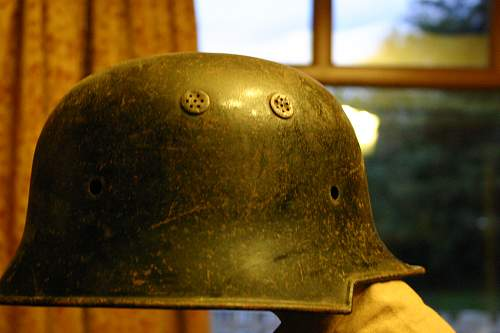Can anyone tell me what this helmet is please