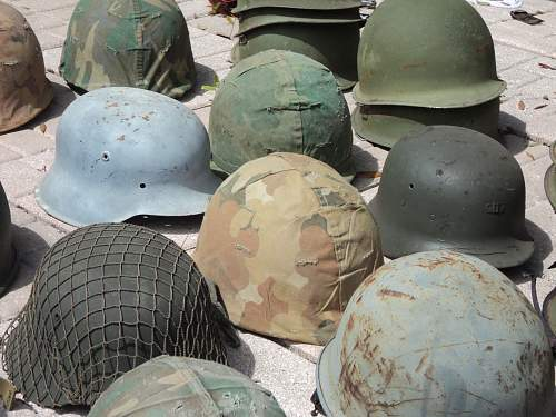 Click image for larger version.  Name:HELMETS 010.jpg Views:39 Size:251.4 KB ID:243040