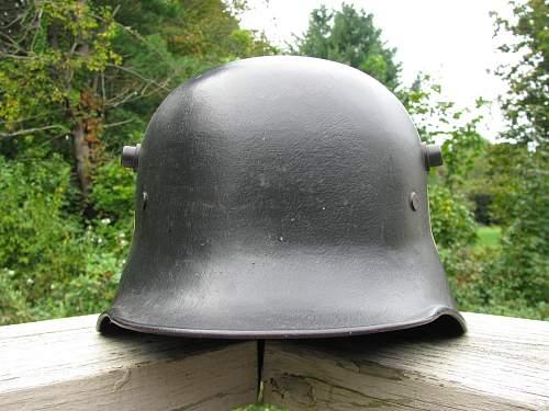 M18 DD Police - Tilted Tri Color - Mobile Swastika -  ET 64