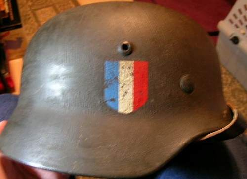 Click image for larger version.  Name:A FRENCH HELMET.jpg Views:459 Size:52.0 KB ID:24705