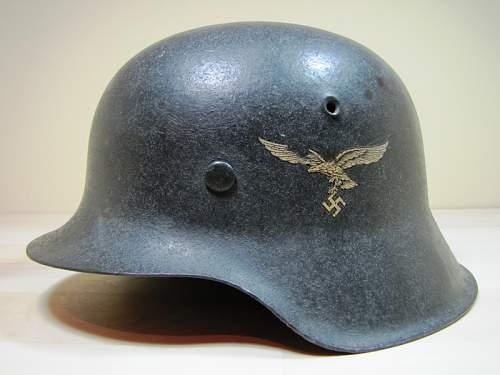 Click image for larger version.  Name:M42-Luftwaffe-German-Helmet-1522-left.jpg Views:756 Size:126.1 KB ID:280110