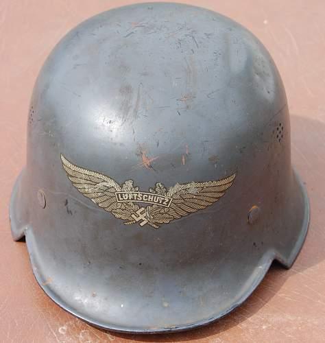 Repainted Luftschutz