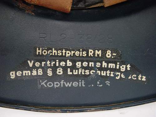 Click image for larger version.  Name:Luftschutze M38 retailers decal..jpg Views:54 Size:119.4 KB ID:351877