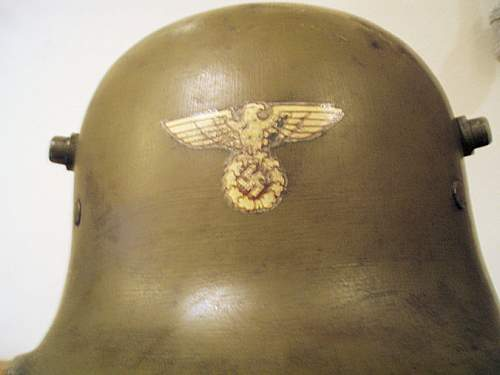 Click image for larger version.  Name:S A HELMET 015.jpg Views:54 Size:66.4 KB ID:352930