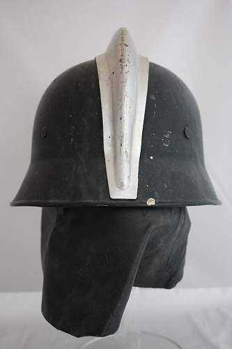 Click image for larger version.  Name:029I Niemcy M34  Luftschutz z grzebieniem i nakarczkiem.JPG Views:75 Size:176.1 KB ID:356311