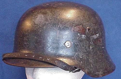 Luftwaffe m35 double decal helmet help