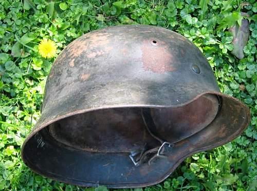 WH helmet - strange?