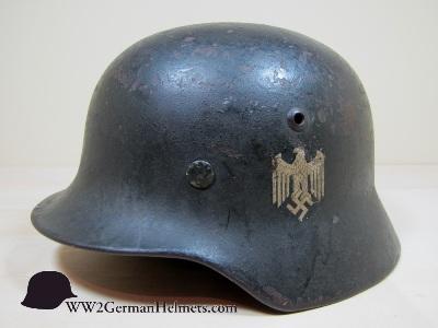 Name:  M1935-Heer-German-Helmet-2019-left-s.jpg Views: 281 Size:  43.6 KB