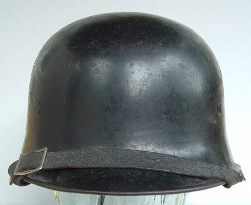 Click image for larger version.  Name:police helmets (10).JPG Views:98 Size:114.4 KB ID:43659