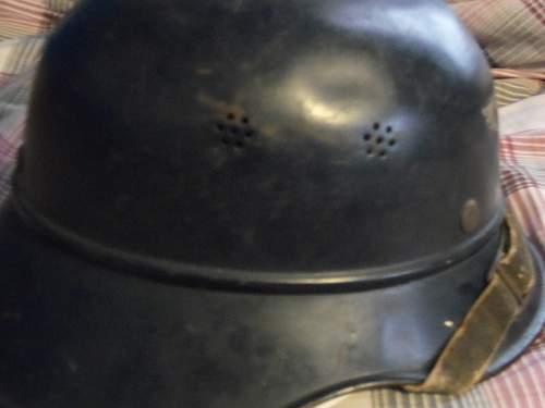 Click image for larger version.  Name:German Helmet 008.jpg Views:61 Size:233.5 KB ID:449193