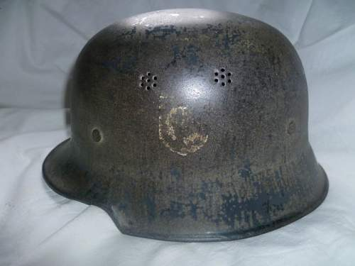 Stahlhelm M34 any ideas on the decal?