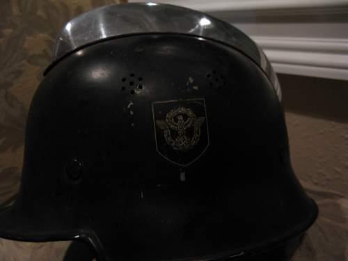 Click image for larger version.  Name:helmet.JPG Views:22 Size:105.9 KB ID:475508
