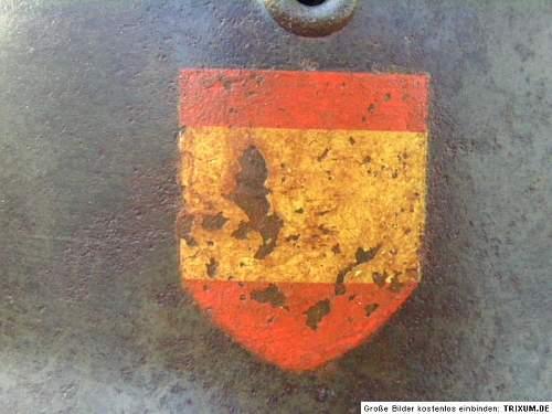 Spanish 250th Blue division helmet??
