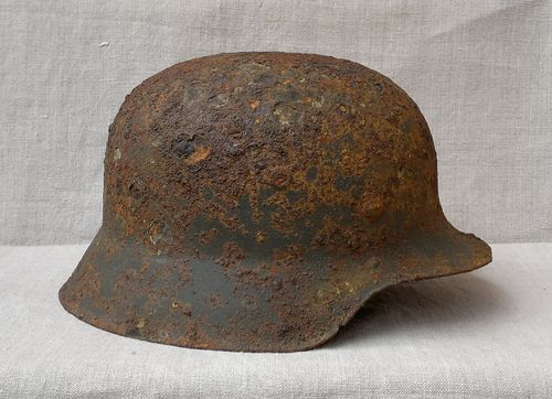 Relic helmets from Kurland
