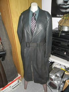 Name:  coat2.jpg Views: 41 Size:  16.7 KB