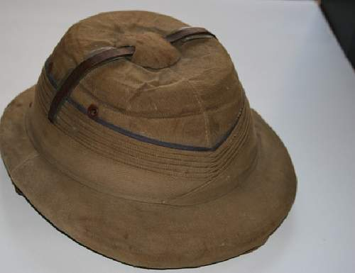 Unidentified helmet