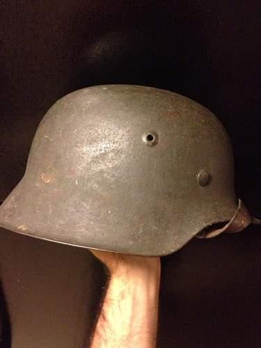 Heer single decal M42 steel helmet.