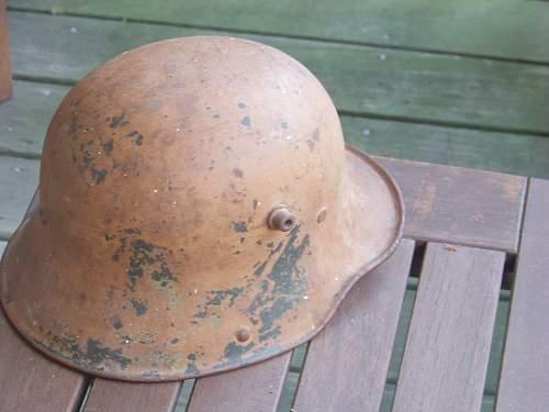 Early SA M17 helmet