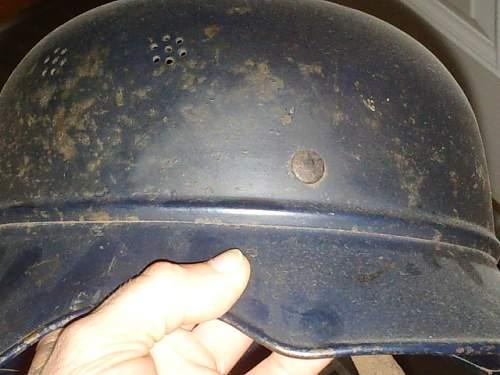 Luftschutz Helmet with pictures