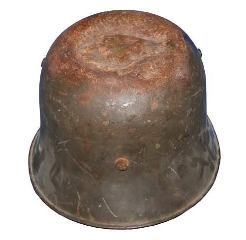 Click image for larger version.  Name:wwi-transitional-helmet-back.jpg Views:97 Size:144.3 KB ID:571414